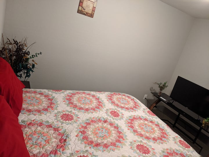 D&S Second Room