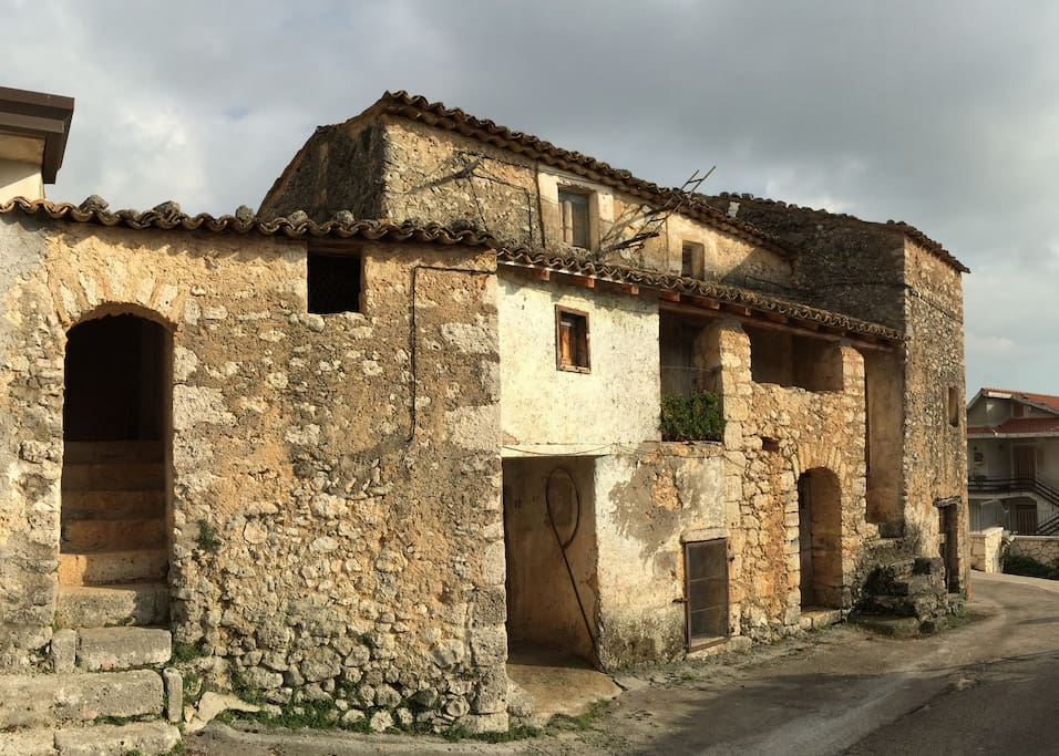 Upon turning into Case Volpi, you will see beautiful abandoned buildings, 100's of years old.