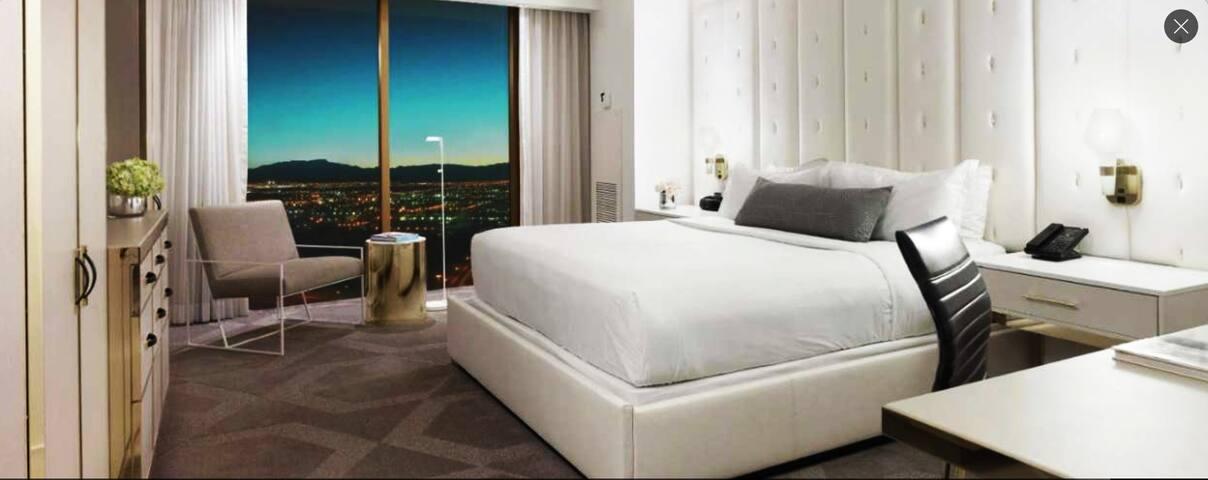 2 Bdr 2.5 Bath Executive  Luxury Las Vegas Suite