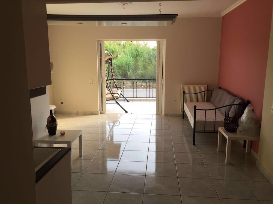 Wohnküche und Wohnzimmer