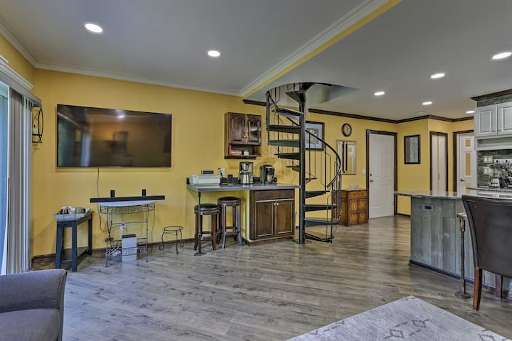 NEW! Smart Home by 4-Season Resort & Golf Course!