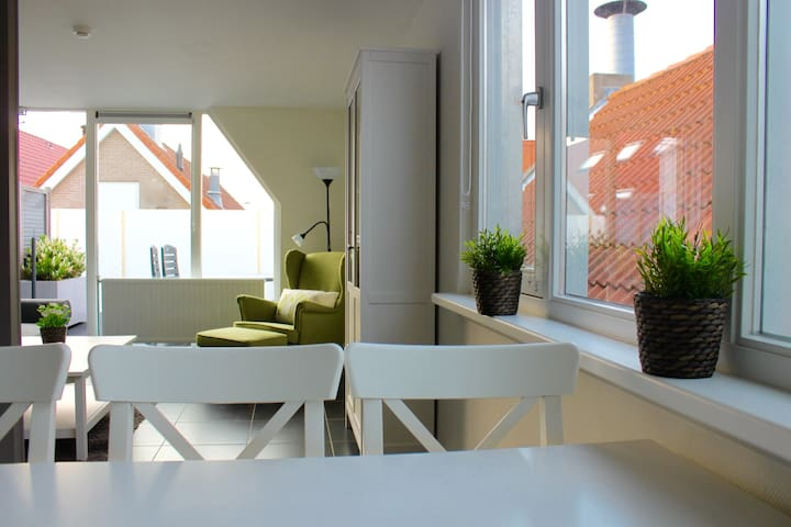 Appartement West in Ouddorp aan Zee Weststraat - Ouddorp - Apartment
