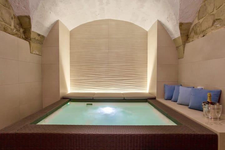 Corte dei Florio PIETRA Luxury apartment Lecce