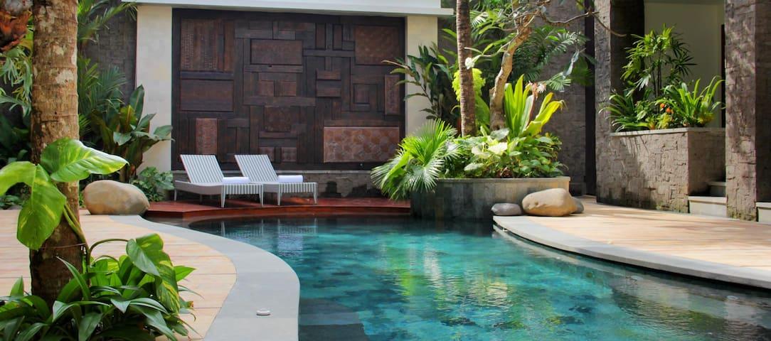 Lovely  Boutique Hotel Near Mertasari Beach - 덴파사르 셀라탄(Denpasar Selatan) - 부티크 호텔