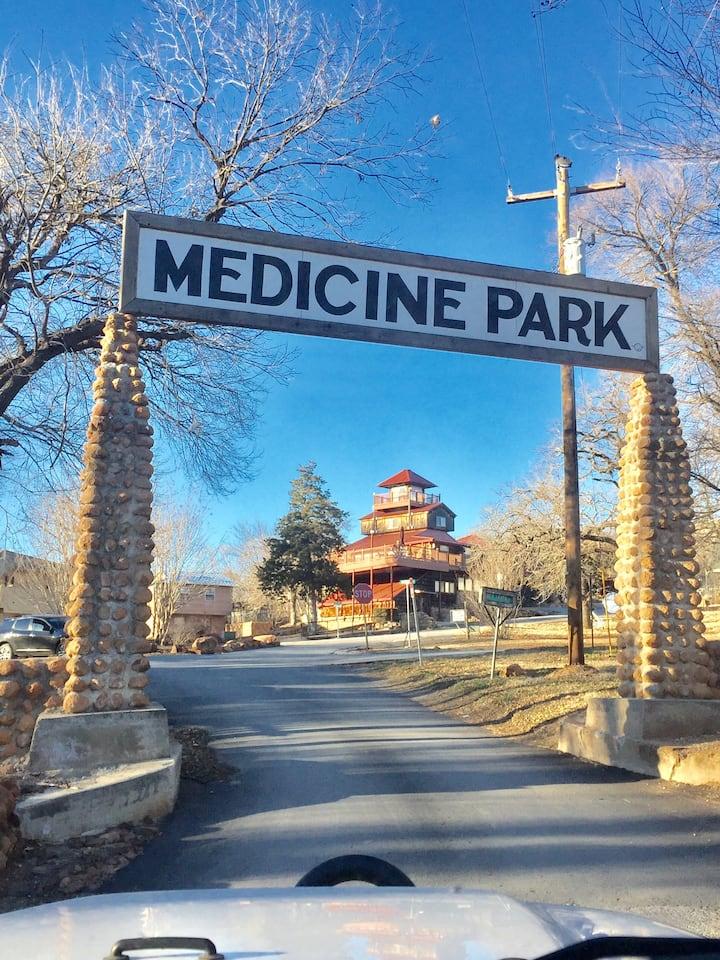 I Love Historic Medicine Park