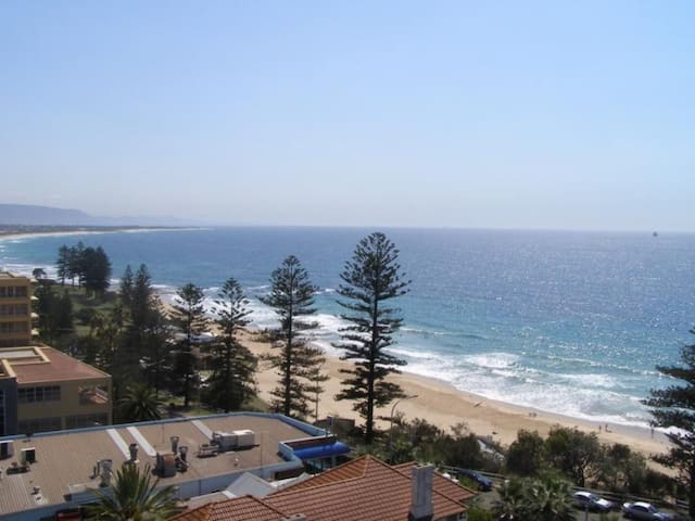 Beach Views - Wollongong - Leilighet
