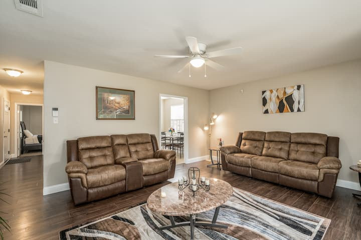 Grill, Relax, or Play at Home 8 + Guest Can Stay