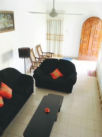 DK's Lodge - Kandy - Wohnung