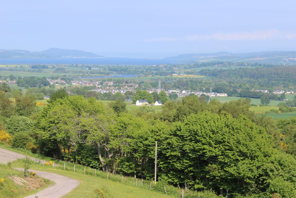 Stunning views over the River Beauly & the Moray Firth.