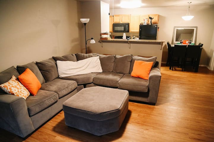 1.5 miles from Dickson - Sleeps 2-3 - Fayetteville - Appartement