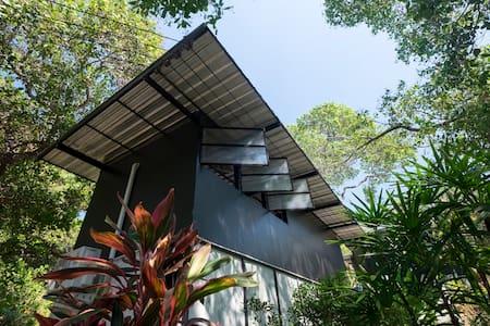 Himmapan Loft-Style Bungalow - Ko Phayam - Bungalow