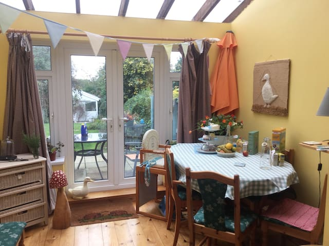 Pretty single room on edge of Gower - Killay - Casa