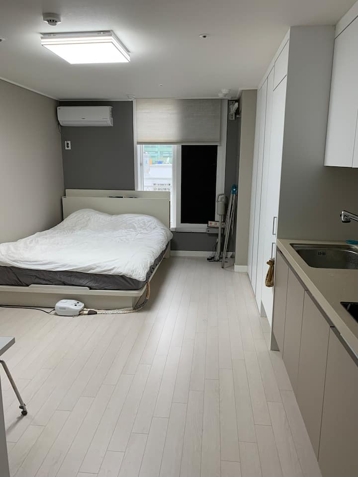 Cozy Apt near Busan station and  Jagalchi Market