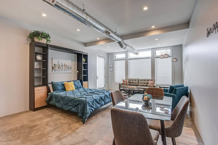 1BD Studio✶Downtown✶Mid-Term & Corporate Rental