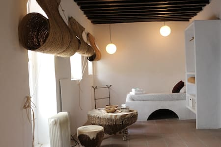Eole Luxury Rooms for 4 SR1. Center of Tarifa - Tarifa