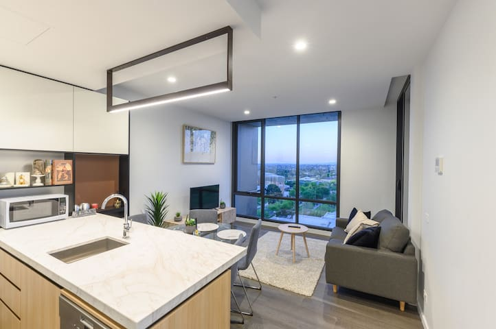 Box Hill Brand New Park View 2 Bedroom Apartment