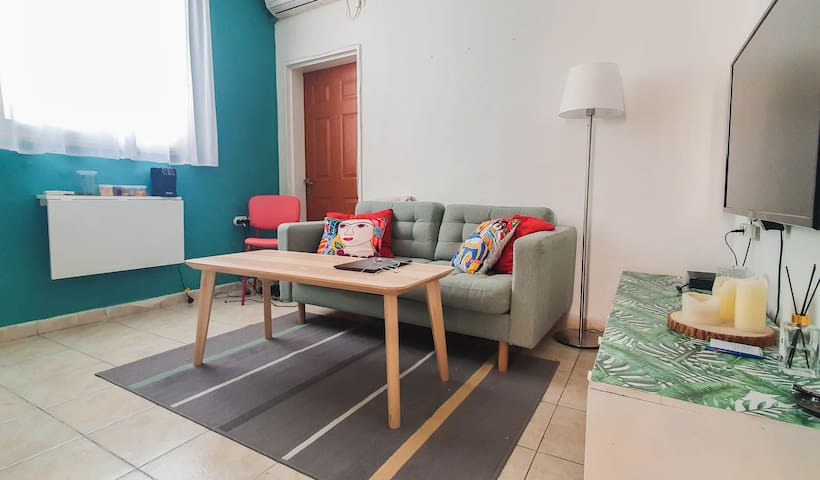 Center 2 Bed Room Apartment with balcony