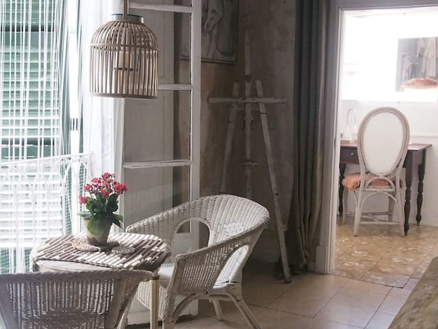 Stylish room at the heart of Palma city