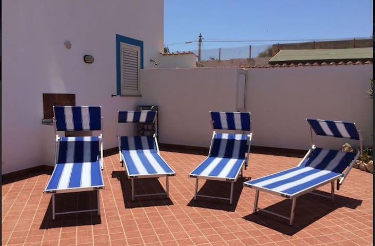 Villetta a Lampedusa