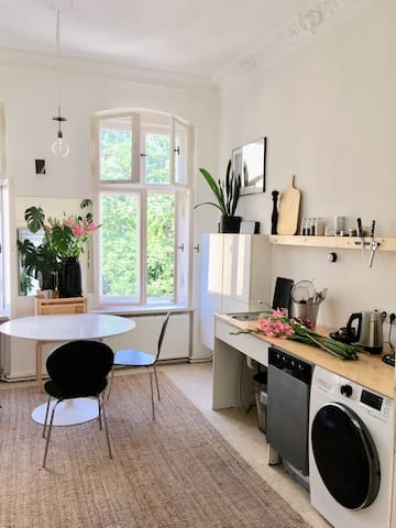Bright & cozy apartment / Helle Altbauwohnung