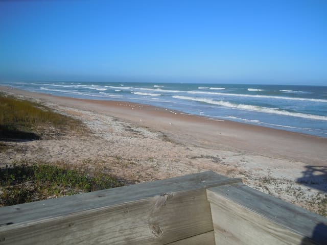 Beach House - walk to the ocean. - Ormond Beach - Rumah