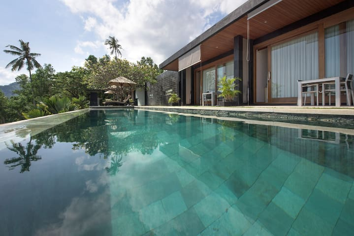 Swimming in these naturally maintained infinity pools are like an outstanding therapy for body and soul !
