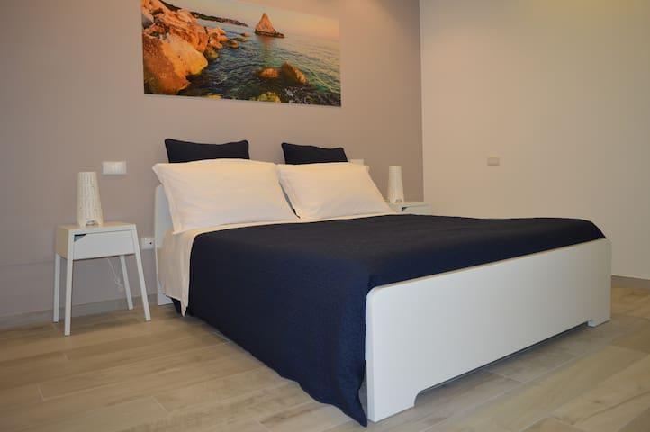 Camera doppia con bagno privato vicina al mare