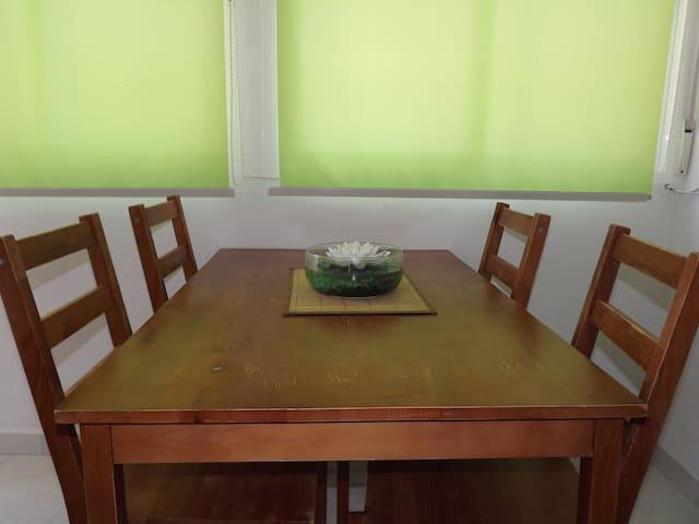 Bonito piso en el centro de Granada - Grenada - Dům