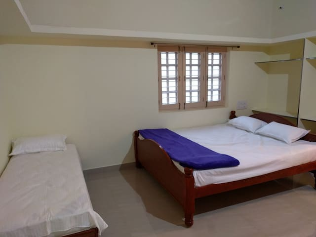 Sarovar House in Anegundi Managed by Murali - 2