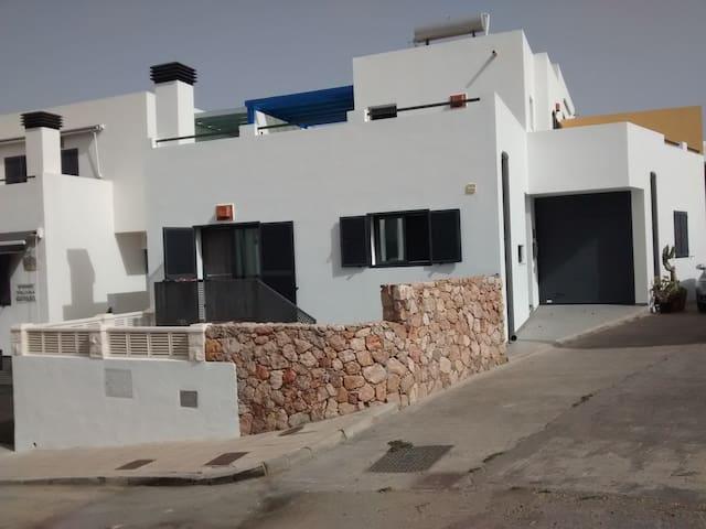 Alquiler de casa en Rodalquilar con WIFI - Rodalquilar - Huis