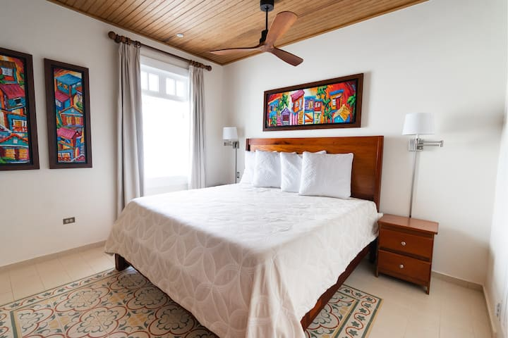 Casa Wilson | Deluxe Rooms | King Bed