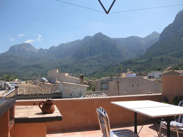 Maisonettwohnung mit Blick von 2 Dachterrassen - Sóller - Daire