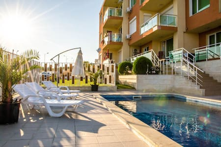 Cozy family apartments 300m from Byala beach - Byala - Apartment