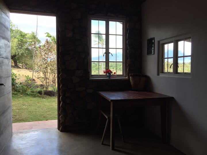 Farm Stay w/ spectacular view of Cuernos de Negros