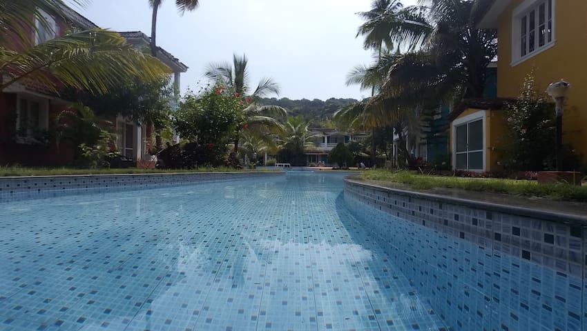 Beautiful Waterfront Villa- Top Floor (2Br, 2Bath)