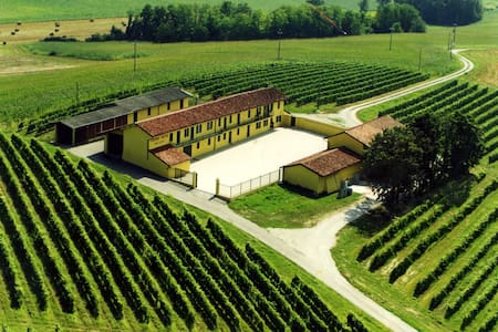 Monferrato Wine Dreams - Castagnone - Hus