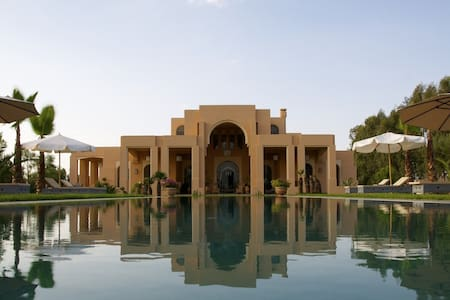 Luxurious home at the feet of Atlas Mountains - Marrakesh