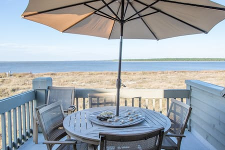 Beachfront, Top Floor Corner Villa! - Seabrook Island