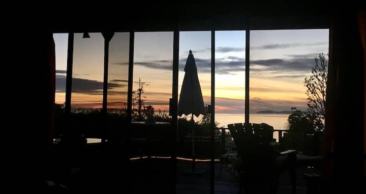 Laguna Sunset Chateau