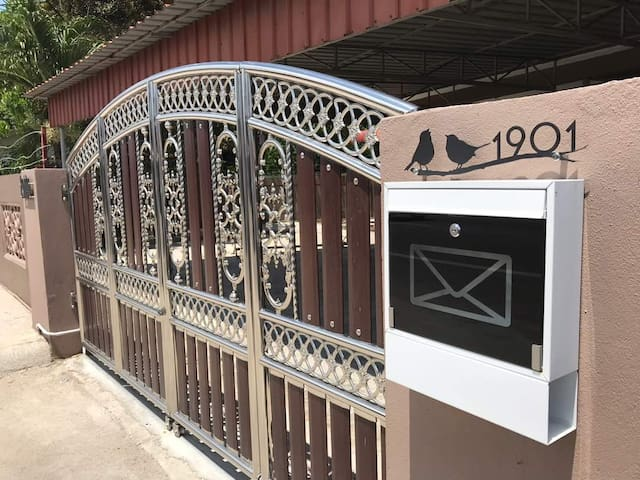 Utama Guesthouse Kota Bharu