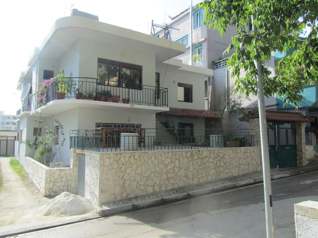 The sunroom in Vlora near the beach