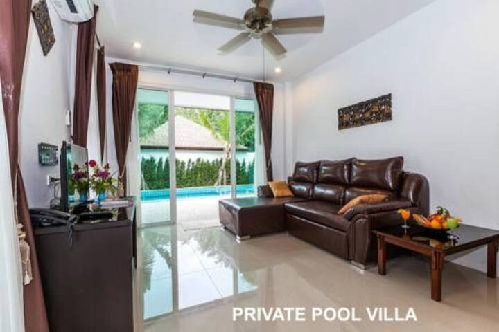 ROOF JACUZZI AND PRIVATE POOL 3BEDROOM VILLA LUX1