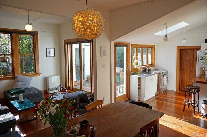 Sunny & Centric Mount Cook Villa