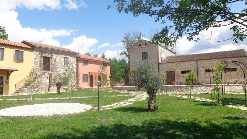 BILOCALE IN AGRITURISMO - Cassino - Vacation home