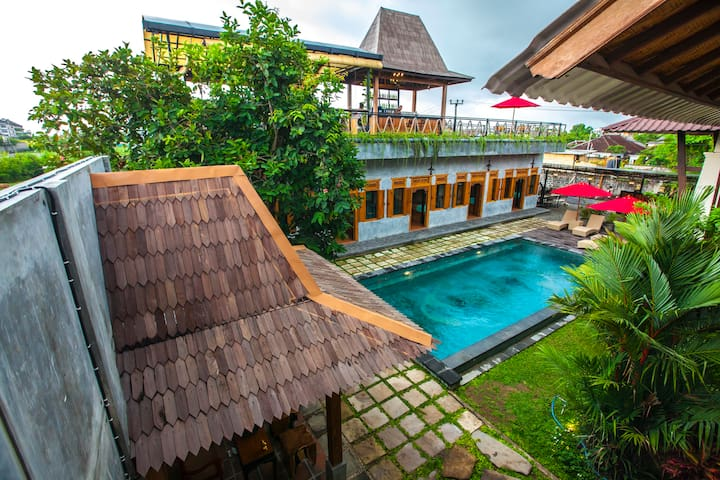 Black Pearl Hostel - Canggu beachside hostel