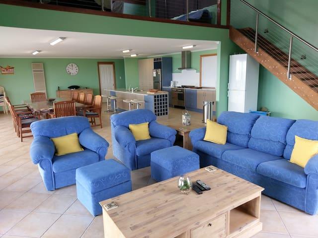 Wedge Island Holiday Accomodation - Wedge Island - House