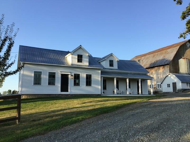 Newly renovated Summerhouse Farm in the NE Kingdom