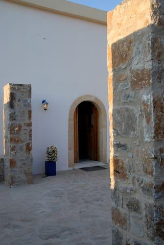 MALAXAHOUSE - Nerokouros - Casa
