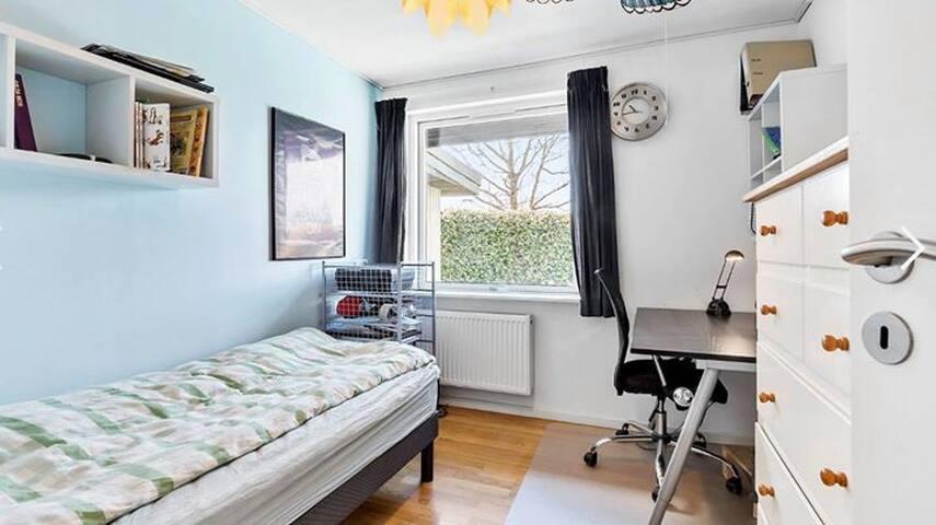 Single room in villa in Allerød