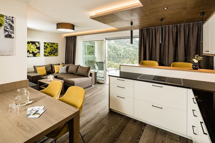'One Bedroom Suite with Terrace' in the Panorama Residence Saltaus with Mountain View, Wi-Fi, Terrace, Sauna & Vitality Area; Parking Available